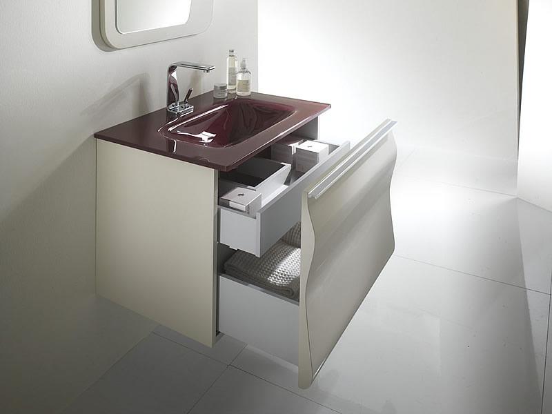 Per il tuo bagno moderno scegli gliss for Arredo bagno viola